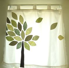 Tree Applique Curtain ~ Perfect for BG's window. I'd do it a little bit different for originality, but otherwise just PERFECT!