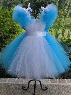 Alice in Wonderland Snow White Tutu Dress and White Sash. Great Costume, Photo Prop, Party Dress or Gift Cinderella Tutu Dress, Princess Tutu Dresses, Tulle Dress, Tutu Costumes, Costume Dress, Halloween Costumes, Fairy Costumes, Birthday Tutu, Birthday Dresses