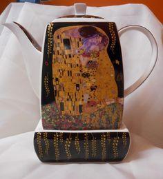 """Gustav Klimt Tee Kaffeekanne """"Der Kuss"""" Porzellan schwarz"""