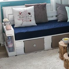 Pallet furniture ✔ Euro pallet furniture ✔ DIY ideas ✔ Build it yourself ✔ Instructions ✔ Videos ✔ Tips & Tricks ✔ Make yourself ✔ Sofa ✔ Bed ✔ Shelves ✔ Furniture ✔ Shelf Furniture, Diy Pallet Furniture, Rattan Furniture, Buy Pallets, Bed Shelves, Garden Sofa, Sofa Bed, Interior Decorating, Storage