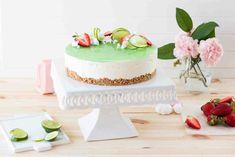 Limekakku Granola, Vanilla Cake, Desserts, Food, Vanilla Sponge Cake, Meal, Muesli, Deserts, Essen