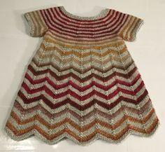 203 A, kjole i zig-zag striber – Anita Garn & Strik. to 10 years Knitting For Kids, Baby Knitting Patterns, Crochet For Kids, Knitting Designs, Baby Patterns, Knit Crochet, Baby Outfits, Toddler Outfits, Baby Pullover