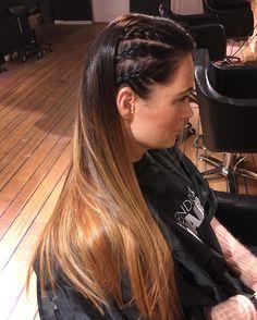 Denne fargen! 🙌🏻 Også så tøft med flettene perfekt enkel styling til julebordet! ❤️ @hendrixhair @hendrixhairdrammen #hendrixhair #hendrixhairdrammen #drammen #julebord #miriamquevedo #frisørdrammen #frisør #ghd #hempz #chocolate #hair #nofilter #nofilterneeded #hairstyles #braids #braid #flette #matrixcolor #balayage Braids, Dreadlocks, Hair Styles, Instagram Posts, Beauty, Cornrows, Pigtail Hairstyle, Hair Makeup, Hairdos