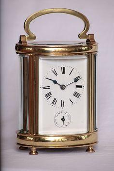 Pendulette Couaillet, Début du XXème siècle | Flickr: partage de photos! Clock, Tumblr, Photos, Decor, Watch, Pictures, Decoration, Clocks, Decorating