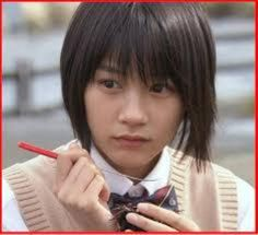 ドラマ「あまちゃん」のヒロインで美少女女優の能年 玲奈ちゃんのかわいさを余すことなくご紹介。