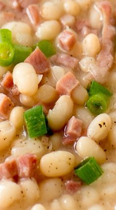 Food Photography: Navy Bean Soup and Ham photography soup Food Photography: Navy Bean Soup and Ham Navy Bean Soup, Ham And Bean Soup, Ham Soup, Bean Soup Recipes, Chili Recipes, Cooker Recipes, Crockpot Recipes, Chicken Recipes, Navy Beans And Ham