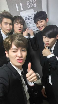 ^^UP10TION^^
