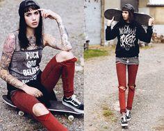 Jane Dean - Disturbia Top, Vans Sneakers, Sweater - F*ck god, believe in yourself.