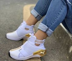 Puma Shoes Women, Puma Tennis Shoes, Nike Air Shoes, High Top Tennis Shoes, Puma High Tops, Sneakers Fashion, Fashion Shoes, Cute Sneakers, Fresh Shoes