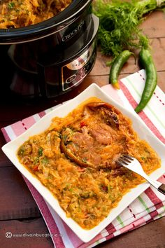 Romanian Food, Cabbage Recipes, Carne, Crockpot, Slow Cooker, Healthy Recipes, Chicken, Meat, Cooking