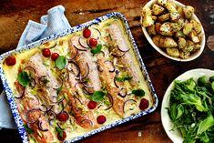 Kremet ishavsrøye stekt i langpanne Sangria, Mozzarella, Vegetable Pizza, Bacon, Vegetables, Juice, Spinach, Vegetable Recipes, Juices