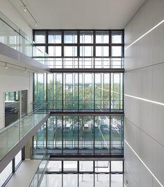 Novo Edifício da Ciência / Sheppard Robson  | ArchDaily Brasil