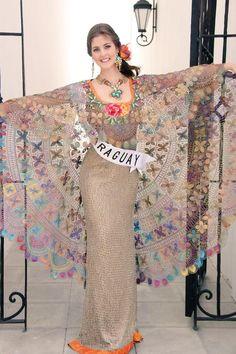 Vestido de ñandutí Needle Lace, Bobbin Lace, Tenerife, Lace Weave, Lacemaking, Running Stitch, Tatting Patterns, Embroidered Lace, Traditional Dresses