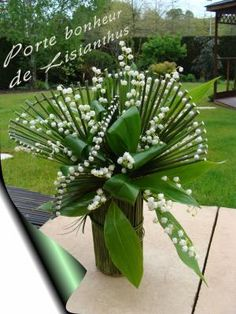stunning design using aspidistra leaves and plant stalks
