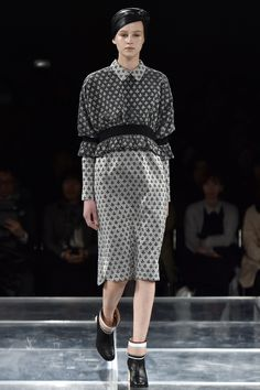 See the complete Mint Designs Tokyo Fall 2016 collection.