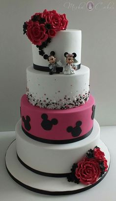 Gorgeous Black White and Crystal cake from Party Flavors Custom ...
