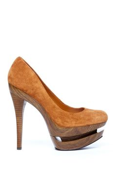 Cute & different   Sole Society - Carlyle Platform Pump