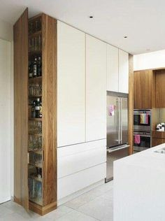 Choosing new kitchen cabinets is crucial in defining the look, feel, and function of your kitchen. Discover new ideas for your kitchen remodel. Kitchen Corner, Smart Kitchen, Kitchen And Bath, New Kitchen, Kitchen White, Kitchen Wood, Kitchen Pantry, Kitchen Small, Hidden Kitchen