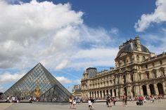 Le musée et le palais du Louvre à paris Louvre, Le Palais, Paris, Building, Travel, Montmartre Paris, Viajes, Buildings, Paris France