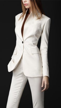 White/Ivory Bespoke Women Slim Fit Wedding Suit Dinner Tuxedos Office Work Wear The clothing culture is quite old. Office Fashion, Work Fashion, Fashion Outfits, Womens Fashion, Gothic Fashion, Business Attire, Business Fashion, Business Casual, Business Suits For Women