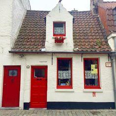 Bruges cute house…