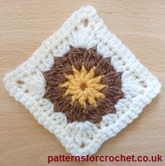 Square Motif, free crochet pattern on Patterns for Crochet. Available in US or UK abbreviations versions.