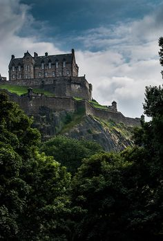 100 Great Wonders of the world- Edinburgh Castle, Scotland; The Scottish Crown dates from 1540 and is of Scottish Gold set with 94 pearls, 10 diamonds and 33 gems