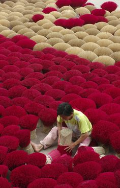 Making incense #Vietnam #photography #travel