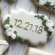Wedding Shower Cookies, Wedding Cake Cookies, Decorated Wedding Cookies, Cookies Cupcake, Royal Icing Cookies, Sugar Cookies, Wedding Desserts, Wedding Favors, Wedding Souvenir