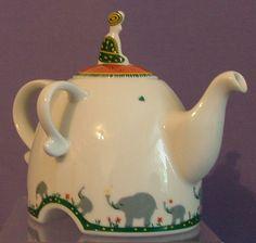 Elephant Teapot by Kahla Germany - great design