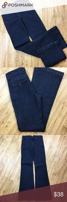 Theory dark blue wash wide legged trouser jeans Preloved. Size 00. Super cute wide legged bottom trouser jeans. Theory dark blue wash wide legged trouser jeans. Theory Jeans Flare & Wide Leg