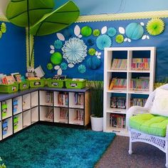 As promised in my Classroom Reveal post last week, I am here to give you a closer look at my classroom library. This cozy little corner of my classroom is a favorite for all of us because it really… Classroom Layout, 2nd Grade Classroom, Classroom Setting, Classroom Design, Kindergarten Classroom, Future Classroom, School Classroom, Classroom Themes, Clean Classroom