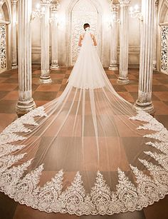 Wedding Veil Designs – Types and Styles of Bridal Headpieces   For brides-to-be, finding perfect #weddingveil designs that complements their dresses demands a little bit of patience and research.