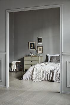 6 Inventive Tricks: Rustic Minimalist Bedroom Shelves minimalist home modern rugs.Minimalist Home Closet Decor cozy minimalist bedroom decor. Interior Simple, Interior Design Minimalist, Minimalist Bedroom, Minimalist Home, Interior Office, Gray Interior, Grey Home Decor, Home Decor Bedroom, Cheap Home Decor