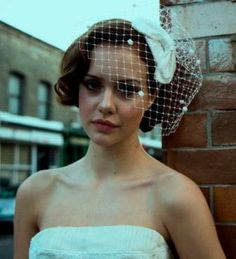 Bow Birdcage Veil | 47 Gorgeous Wedding Headpiece Ideas