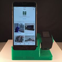 Available in a wide range of colors! Dont see the color you want? Just let me know! (Pictured in Green)  This iPhone 6/6+ dock/Apple watch stand is