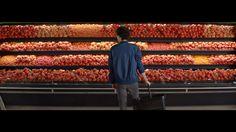 Nous sommes producteurs et commerçants pour vous aider à manger un peu mieux tous les jours. Découvrez comment sur http://www.mieuxmanger.intermarche.com Ret...