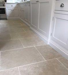 New Kitchen Tile Floor Ideas. 17 New Kitchen Tile Floor Ideas. Küchen Design, Floor Design, House Design, Design Ideas, Tile Design, Design Concepts, Kitchen Tiles, Kitchen Flooring, Kitchen Grey