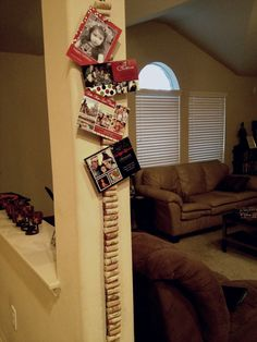 Christmas Card Holder---i have enough to make this!