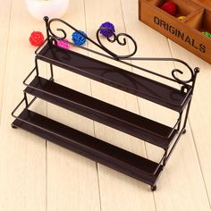 Hot Sale Useful 3 Tier Metal Heart Nail Polish Display Wall Rack Organizer Stand Holder 3 Colors Available