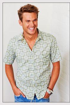 Reyn Spooner - Hawaiian Traditionals,  love the pattern nice alternative to white