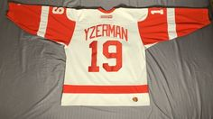 Details about Steve Yzerman Detroit Red Wings NHL Vintage CCM Jersey Men s  Adult Size Medium 20f7ea711