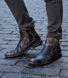 This mens TAURUS BED|STU boot pairs well with any casual street style look. #MENSBOOTS