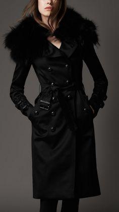 Burberry London Eveningwear for Women
