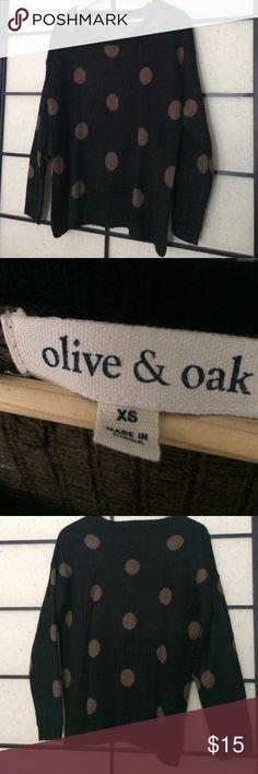 🍂🍁Olive + Oak Sweater🍁🍂 Olive + Oak acrylic sweater. Make me an offer! Olive + Oak Sweaters Crew & Scoop Necks