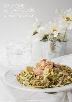 Salmone al cartoccio con insalata di carciofi http://www.spadellatissima.com/2016/06/salmone-al-cartoccio-con-insalata-di-carciofi.html