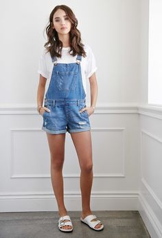 Distressed Denim Overall Shorts | Forever 21 30.00 I WANT THESE SO BAD! Short Outfits, Cool Outfits, Summer Outfits, Casual Outfits, Fashion Outfits, Modest Outfits, Emo Fashion, Modest Fashion, Pretty Outfits