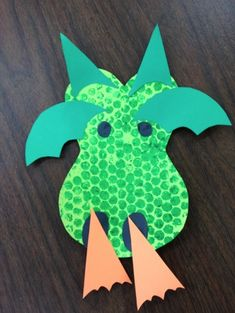 Dragon craft and other Preschool Ideas For 2 Year Olds: Fairy tale preschool projects for DRAGONS Preschool Projects, Preschool Crafts, Art Projects, Preschool Ideas, House Projects, Craft Kids, Kids Crafts, Project Ideas, Easy Crafts