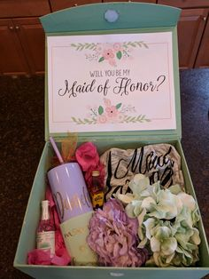Maid of honor proposal box our future wedding свадьба, идеи Gifts For Wedding Party, Bridal Gifts, Wedding Favors, Wedding Events, Our Wedding, Dream Wedding, Wedding Ideas, Wedding Parties, Wedding Poses