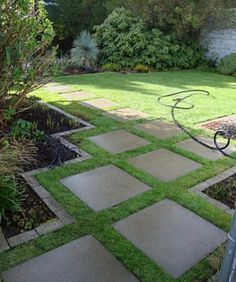 Backyard ideas, create your unique awesome backyard landscaping diy inexpensive on a budget patio – Small backyard ideas for small yards backyard landscaping… Backyard Ideas For Small Yards, Small Backyard Landscaping, Landscaping Ideas, Patio Ideas, Mulch Landscaping, Pavers Ideas, Small Patio, Landscaping Borders, Garden Ideas With Pavers